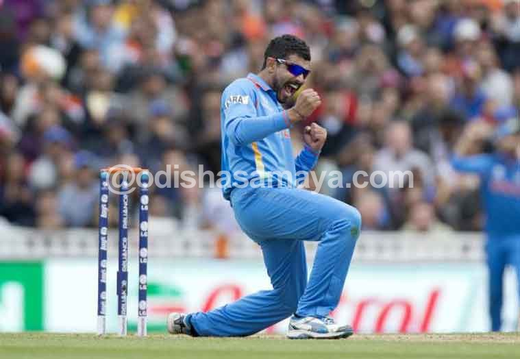 "Waiting for ""Sir Jadeja"" to fire!"