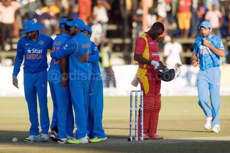 India Whitewashes Zimbabwe