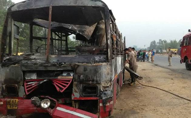 22 burnt alive as bus catches fire after collision