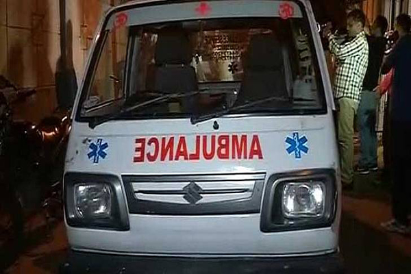 Four die, eight hurt in truck-van crash in Jajpur