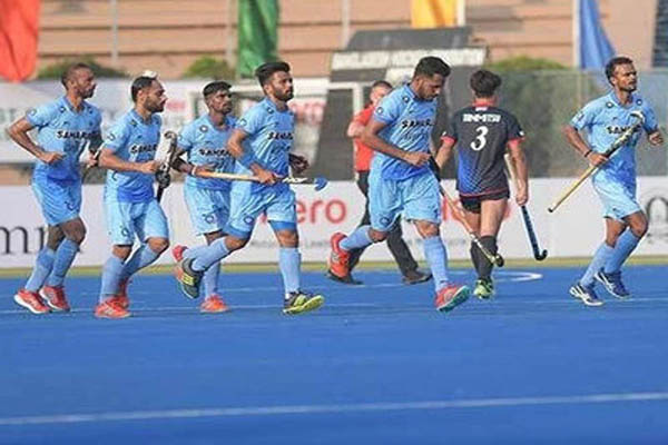 India U-19 Cricket team cheer hockey side in New Zealand