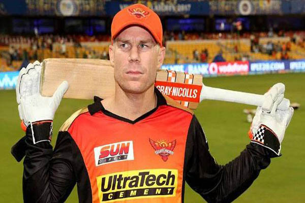 David Warner quits as Sunrisers Hyderabad captain after ball-tampering scandal
