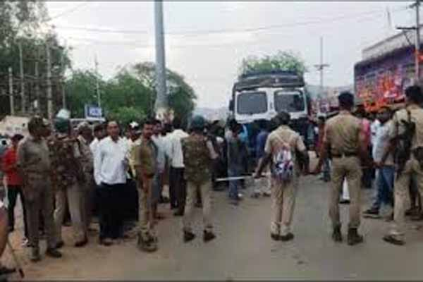 Life normal in UP despite Bharat Bandh call