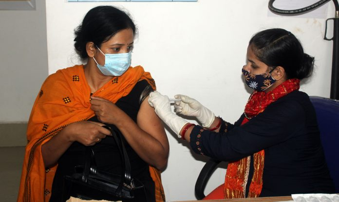 India Covid-19: 26,115 new Cases found; 252 deaths in 24 hours