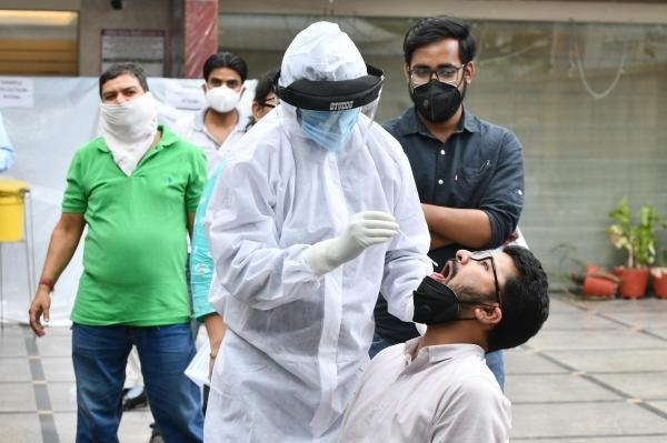 India sees biggest spike of nearly 3L Covid cases, 2,023 deaths