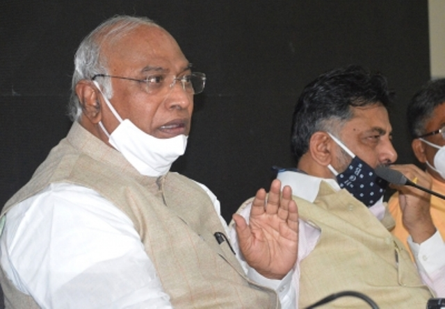 BJP has acceded defeat in Assam, claims Kharge
