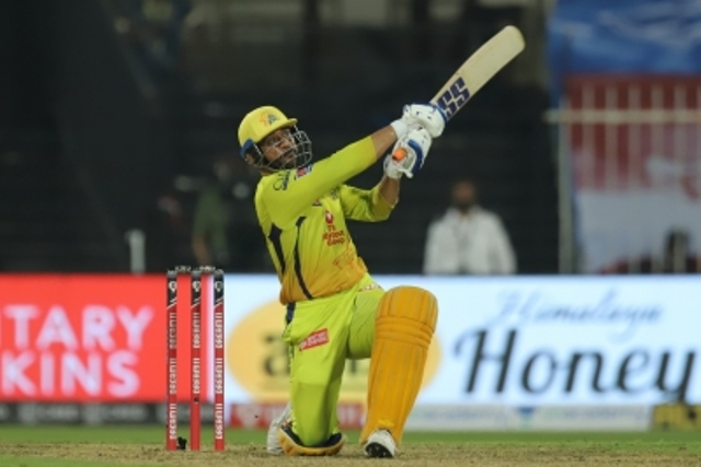Dhoni predicts turn, Samson surprised by it