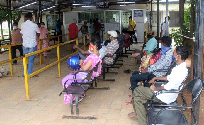 Odisha records 719 new covid cases; Active cases declining