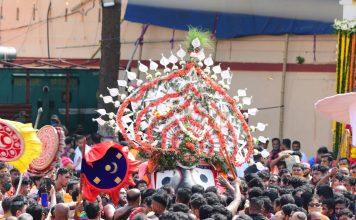 Bahuda Yatra begins in Puri without devotees